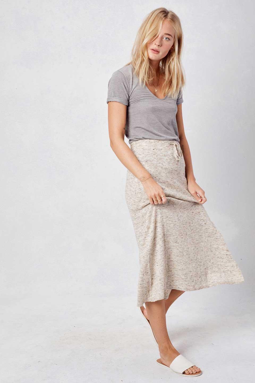 LOVESTITCHのRileyKnitSkirtソフトニット・ペンシルスカート/海外ファッションが好きな大人カジュアルのためのLOVESTITCH(ラブステッチ)のボトムやスカート。ユルッとしたリラックス感のあるニットスカート。適度なカジュアル感が欲しい時にコーディネートしやすいアイテムです。/main-8