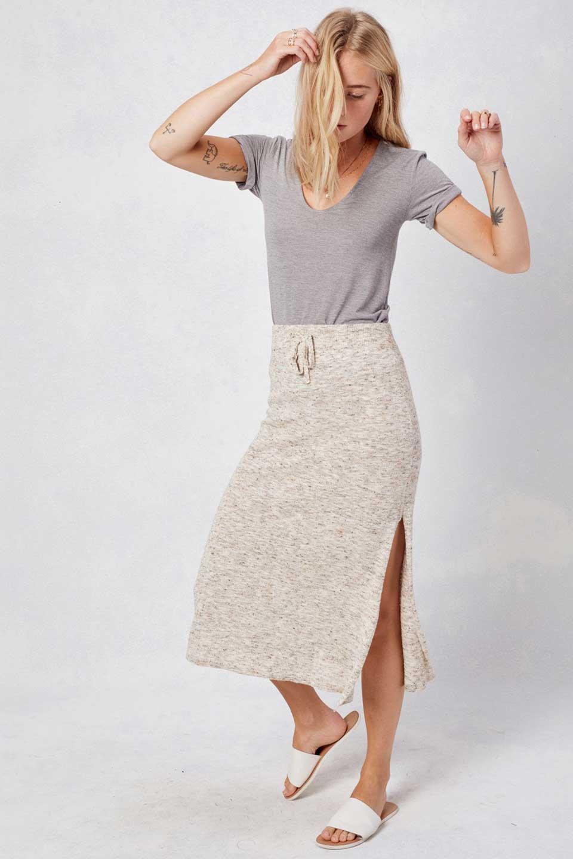 LOVESTITCHのRileyKnitSkirtソフトニット・ペンシルスカート/海外ファッションが好きな大人カジュアルのためのLOVESTITCH(ラブステッチ)のボトムやスカート。ユルッとしたリラックス感のあるニットスカート。適度なカジュアル感が欲しい時にコーディネートしやすいアイテムです。/main-9