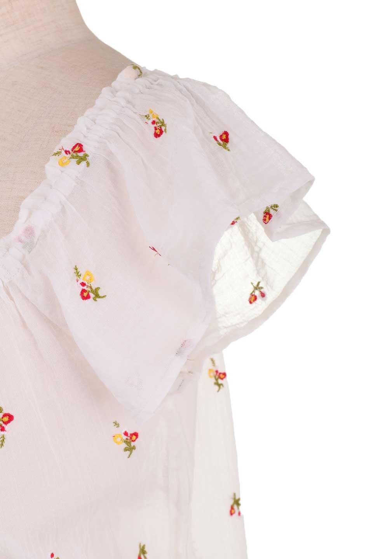 LOVESTITCHのOliviaTop/海外ファッションが好きな大人カジュアルのためのLOVESTITCH(ラブステッチ)のトップスやカットソー。白地に可憐な赤い小花柄が可愛らしいカットソー。首繰りはゴムなので、オフショルとしても楽しむ事ができます。/main-12