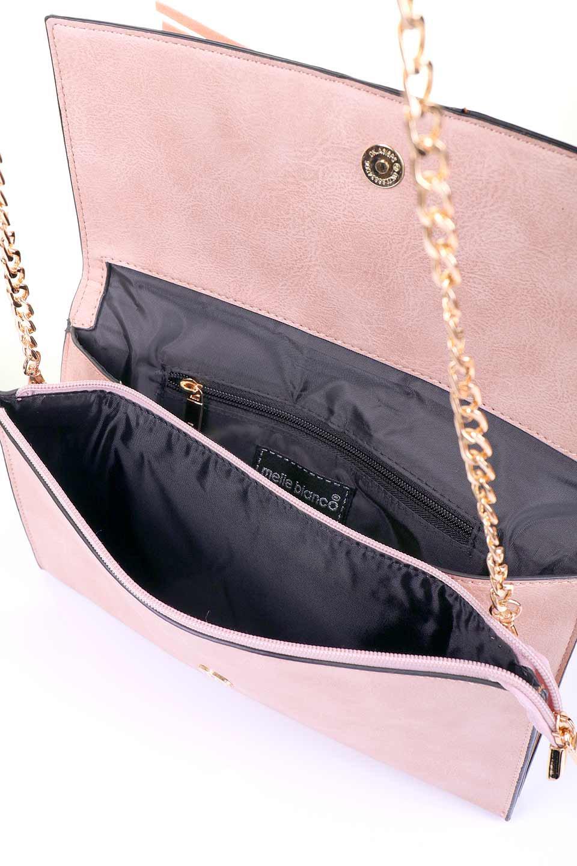 meliebiancoのRobbie(Blush)2WAYショルダーバッグ/海外ファッション好きにオススメのインポートバッグとかばん、MelieBianco(メリービアンコ)のバッグやショルダーバッグ。フラップの編み込みとフリンジが可愛いショルダーバッグ。凝ったフラップのデザインですが、同色なのでやり過ぎ感は感じられません。/main-11