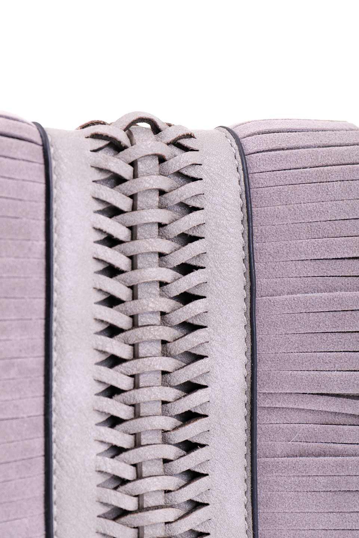 meliebiancoのRobbie(Gray)2WAYショルダーバッグ/海外ファッション好きにオススメのインポートバッグとかばん、MelieBianco(メリービアンコ)のバッグやショルダーバッグ。フラップの編み込みとフリンジが可愛いショルダーバッグ。凝ったフラップのデザインですが、同色なのでやり過ぎ感は感じられません。/main-6