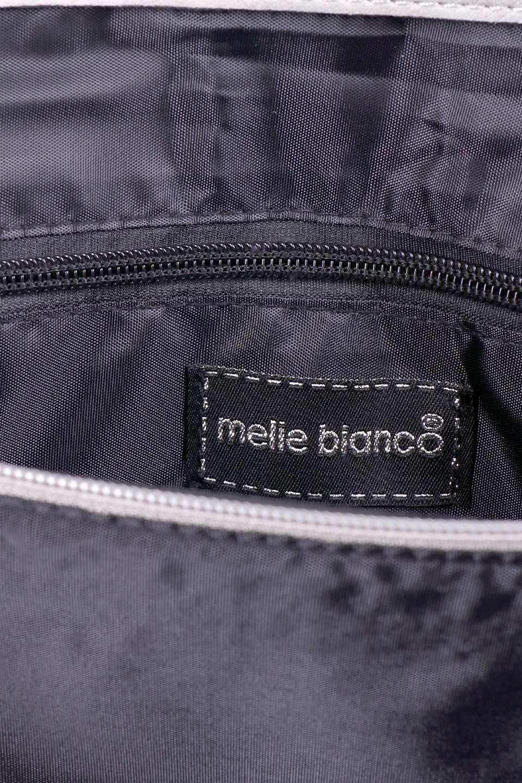 meliebiancoのRobbie(Gray)2WAYショルダーバッグ/海外ファッション好きにオススメのインポートバッグとかばん、MelieBianco(メリービアンコ)のバッグやショルダーバッグ。フラップの編み込みとフリンジが可愛いショルダーバッグ。凝ったフラップのデザインですが、同色なのでやり過ぎ感は感じられません。/main-9