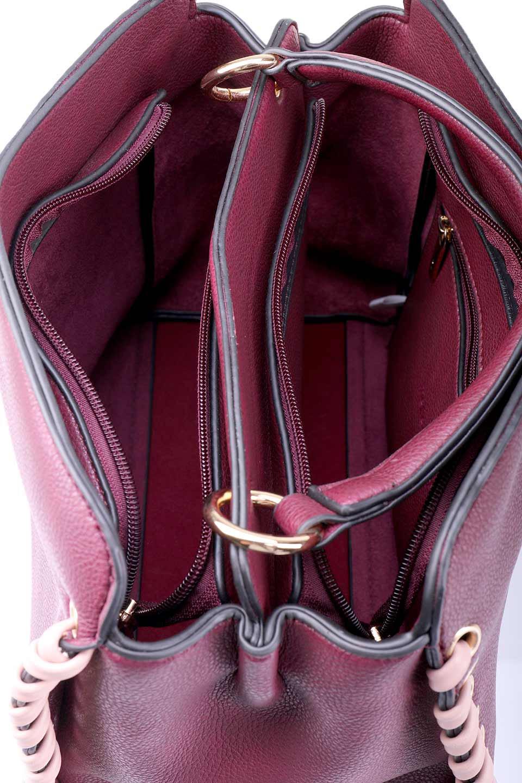 meliebiancoのDelisia(Burgundy)/海外ファッション好きにオススメのインポートバッグとかばん、MelieBianco(メリービアンコ)のバッグやハンドバッグ。バイカラーのアクセントが可愛いお手頃サイズのハンドバッグ。広い荷室は中央のポケットがパーテションになっています。/main-13