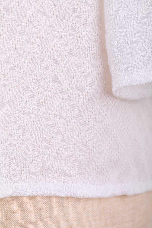 LOVESTITCHのAvaBlouse(OffWhite)ベルスリーブ・レースブラウス/海外ファッションが好きな大人カジュアルのためのLOVESTITCH(ラブステッチ)のトップスやシャツ・ブラウス。立体感のあるジャカート織とクロシェレースのブラウス。暑い夏の日でも涼しげな絶妙な袖の長さです。/main-14