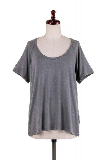 海外ファッションや大人カジュアルにオススメなインポートセレクトアイテムL.A.直輸入のLow Scoop Neck Open Back Tee オープンバックTシャツ