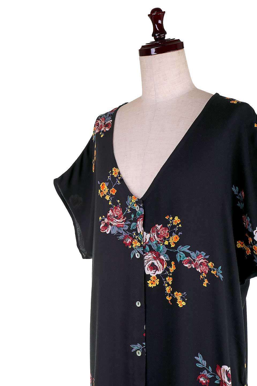 LOVESTITCHのBardotDress(Black)花柄ミディワンピース/海外ファッションが好きな大人カジュアルのためのLOVESTITCH(ラブステッチ)のワンピースやミディワンピース。セクシーなスリットが魅力のシャツワンピース。シャツワンピですが、ボタンを開けてロングカーデ風の着こなしにも対応。/main-10