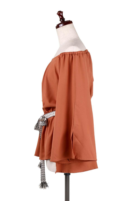BellSleeveGeorgetteBlouseベルスリーブ・ジョーゼットブラウス大人カジュアルに最適な海外ファッションのothers(その他インポートアイテム)のトップスやシャツ・ブラウス。引き続き人気のオフショルダー。スリット入りのベルスリーブがヒラヒラと可愛いブラウスです。/main-22