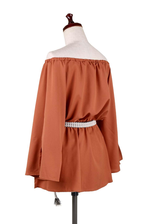 BellSleeveGeorgetteBlouseベルスリーブ・ジョーゼットブラウス大人カジュアルに最適な海外ファッションのothers(その他インポートアイテム)のトップスやシャツ・ブラウス。引き続き人気のオフショルダー。スリット入りのベルスリーブがヒラヒラと可愛いブラウスです。/main-23