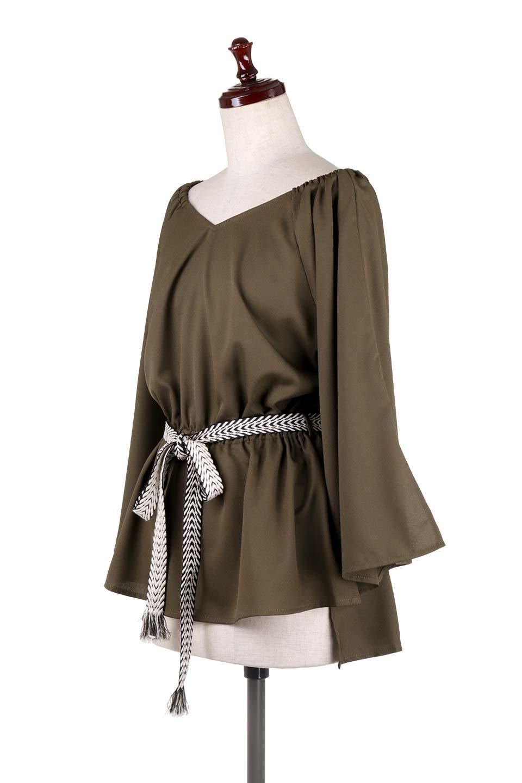 BellSleeveGeorgetteBlouseベルスリーブ・ジョーゼットブラウス大人カジュアルに最適な海外ファッションのothers(その他インポートアイテム)のトップスやシャツ・ブラウス。引き続き人気のオフショルダー。スリット入りのベルスリーブがヒラヒラと可愛いブラウスです。/main-26