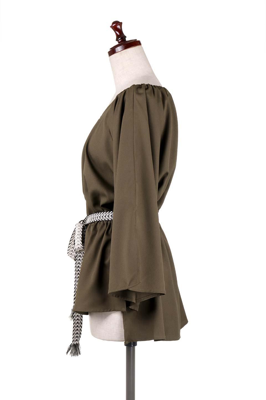 BellSleeveGeorgetteBlouseベルスリーブ・ジョーゼットブラウス大人カジュアルに最適な海外ファッションのothers(その他インポートアイテム)のトップスやシャツ・ブラウス。引き続き人気のオフショルダー。スリット入りのベルスリーブがヒラヒラと可愛いブラウスです。/main-27