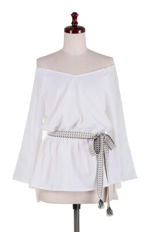 BellSleeveGeorgetteBlouseベルスリーブ・ジョーゼットブラウス大人カジュアルに最適な海外ファッションのothers(その他インポートアイテム)のトップスやシャツ・ブラウス。引き続き人気のオフショルダー。スリット入りのベルスリーブがヒラヒラと可愛いブラウスです。/main-5