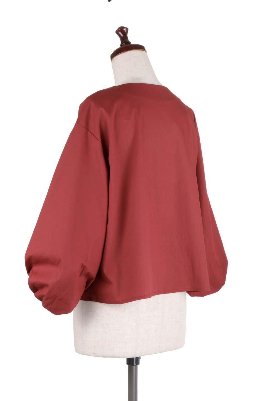 BalloonSleeveBlouseバルーンスリーブブラウス大人カジュアルに最適な海外ファッションのothers(その他インポートアイテム)のトップスやシャツ・ブラウス。たっぷりとしたバルーンスリーブが特報の7分袖ブラウス。50'sブロードを使用したナチュラルな素材感のアイテムです。/main-13
