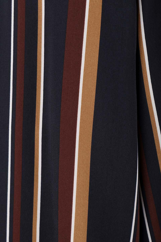 Multi-StripeWidePantsマルチストライプ・レトロパンツ大人カジュアルに最適な海外ファッションのothers(その他インポートアイテム)のボトムやパンツ。レトロな雰囲気のガウチョパンツ。もはや定番人気のマルチストライプのアイテム。/main-8