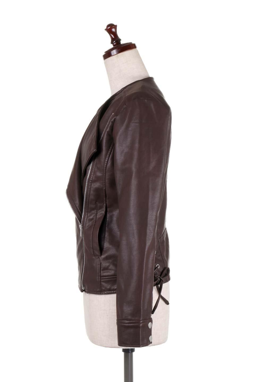 LaceUpBikersJacketレースアップ・ライダースジャケット大人カジュアルに最適な海外ファッションのothers(その他インポートアイテム)のアウターやジャケット。大きなリブの襟が特徴のニットコート。オーバーサイズ気味なデザインですが横に広がらず、それとは逆に体を細く見せるようなシルエット。/main-17