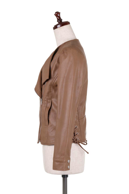 LaceUpBikersJacketレースアップ・ライダースジャケット大人カジュアルに最適な海外ファッションのothers(その他インポートアイテム)のアウターやジャケット。大きなリブの襟が特徴のニットコート。オーバーサイズ気味なデザインですが横に広がらず、それとは逆に体を細く見せるようなシルエット。/main-22