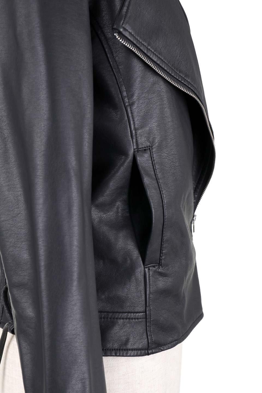 LaceUpBikersJacketレースアップ・ライダースジャケット大人カジュアルに最適な海外ファッションのothers(その他インポートアイテム)のアウターやジャケット。大きなリブの襟が特徴のニットコート。オーバーサイズ気味なデザインですが横に広がらず、それとは逆に体を細く見せるようなシルエット。/main-7