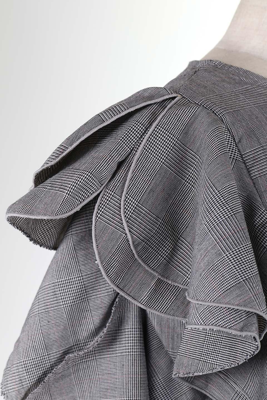 RuffleSleeveBlouseグレンチェックブラウス大人カジュアルに最適な海外ファッションのothers(その他インポートアイテム)のトップスやシャツ・ブラウス。今季注目のグレンチェックのアイテム。ヒラヒラのラッフルスリーブが可愛らしいブラウスです。/main-9