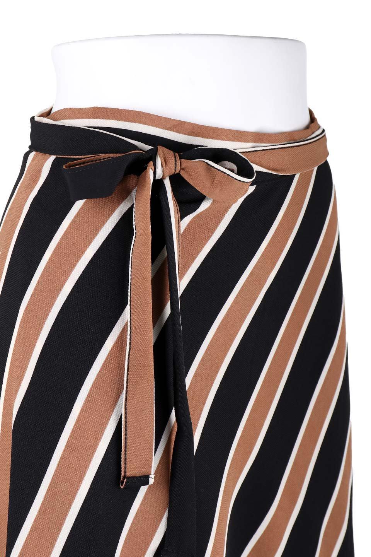 RetroStripeWrapSkirtマルチストライプ・ラップスカート大人カジュアルに最適な海外ファッションのothers(その他インポートアイテム)のボトムやスカート。マルチストライプが可愛いミディ丈ラップスカート。秋冬に必ず気になるレトロコーデ。/main-5