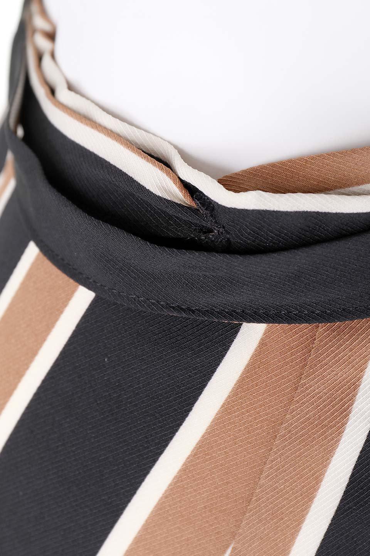 RetroStripeWrapSkirtマルチストライプ・ラップスカート大人カジュアルに最適な海外ファッションのothers(その他インポートアイテム)のボトムやスカート。マルチストライプが可愛いミディ丈ラップスカート。秋冬に必ず気になるレトロコーデ。/main-6