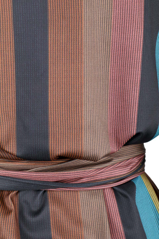 MulticolorStripeTieWaistDressマルチストライプ・レトロワンピース大人カジュアルに最適な海外ファッションのothers(その他インポートアイテム)のワンピースやミディワンピース。大ぶりなマルチストライプが可愛いミディワンピース。若干光沢のある生地がシックなイメージのアイテム。/main-6