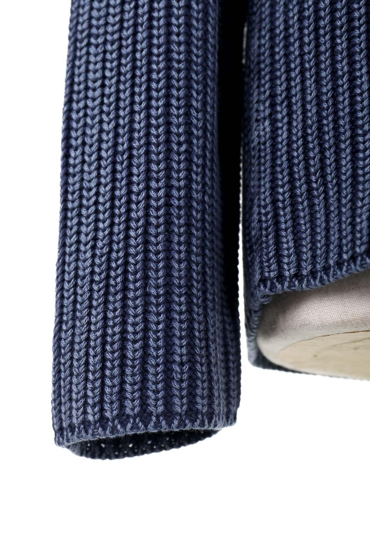 WashedV-neckPulloverウォッシュ加工・Vネックセーター大人カジュアルに最適な海外ファッションのothers(その他インポートアイテム)のトップスやニット・セーター。シンプルデザインのVネックのルーズセーター。ウォッシュ加工が魅力のこのセーターは、コットンなので春先まで楽しめます。/main-8