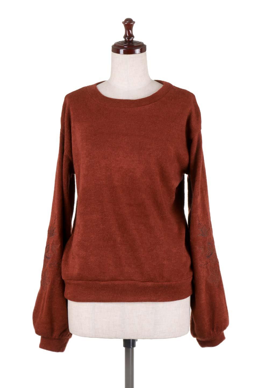 EmbroideredSleeveSoftknitTop刺繍入り・ソフトニットトップス大人カジュアルに最適な海外ファッションのothers(その他インポートアイテム)のトップスやニット・セーター。刺繍入りのボリューミーな袖が可愛いトップス。なめらかでソフトな生地感です。/main-10