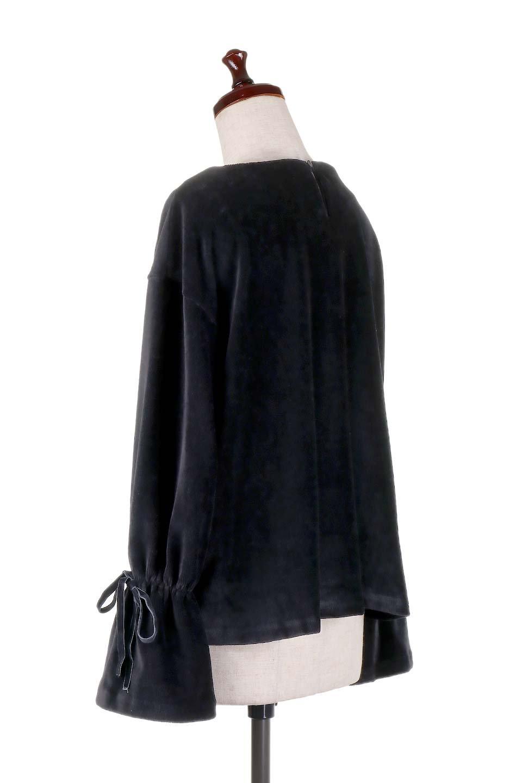 FineCorduroySoftTopリボンスリーブ・コーデュロイトップス大人カジュアルに最適な海外ファッションのothers(その他インポートアイテム)のトップスやシャツ・ブラウス。ベロアの様な柔らかさの細うねコーデュロイのトップス。適度なルーズさと着丈の長さでボトムの合わせに困る事はなさそうです。/main-18