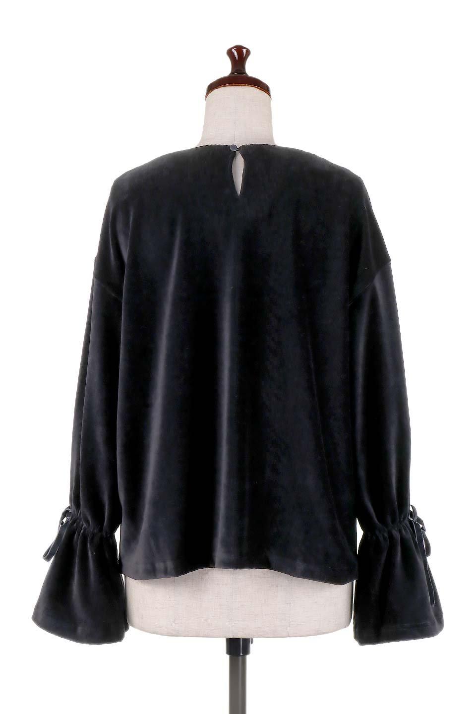 FineCorduroySoftTopリボンスリーブ・コーデュロイトップス大人カジュアルに最適な海外ファッションのothers(その他インポートアイテム)のトップスやシャツ・ブラウス。ベロアの様な柔らかさの細うねコーデュロイのトップス。適度なルーズさと着丈の長さでボトムの合わせに困る事はなさそうです。/main-19