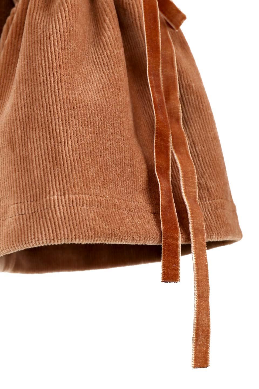 FineCorduroySoftTopリボンスリーブ・コーデュロイトップス大人カジュアルに最適な海外ファッションのothers(その他インポートアイテム)のトップスやシャツ・ブラウス。ベロアの様な柔らかさの細うねコーデュロイのトップス。適度なルーズさと着丈の長さでボトムの合わせに困る事はなさそうです。/main-8