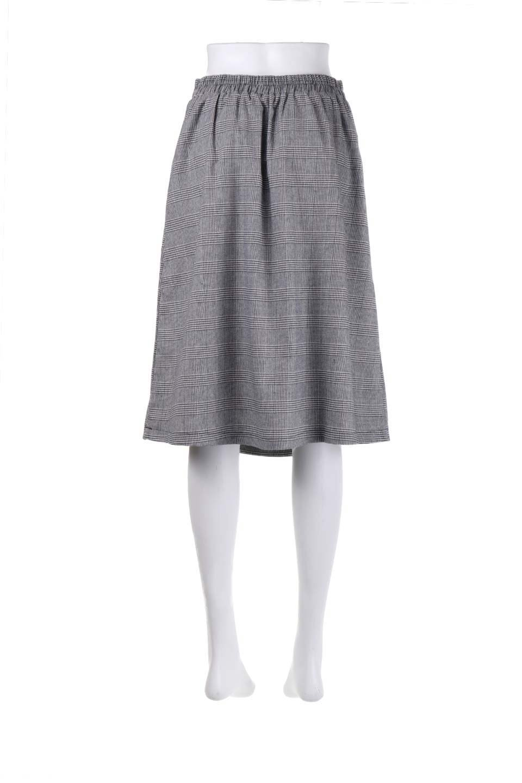 Glen-CheckFloralEmbro.Shkirtグレンチェック・タックスカート大人カジュアルに最適な海外ファッションのothers(その他インポートアイテム)のボトムやスカート。グレンチェックの花刺繍入りタックスカート。今季大人気のグレンチェックのアイテム。/main-14
