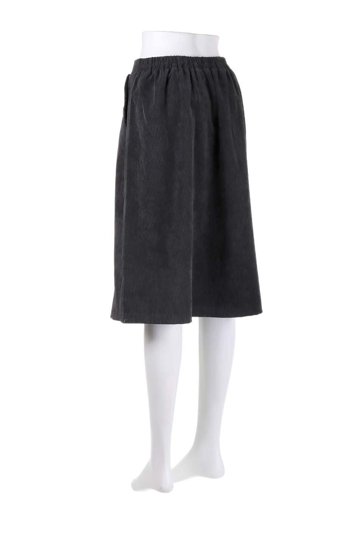 WideWaleCorduroyFloralEmbro.Skirt花刺繍入りコーデュロイスカート大人カジュアルに最適な海外ファッションのothers(その他インポートアイテム)のボトムやスカート。温かみのある太うねコーデュロイの刺繍スカート。秋冬大人気の素材、太うねコーデュロイを使用したエレガント&カジュアルなアイテムです。/main-13