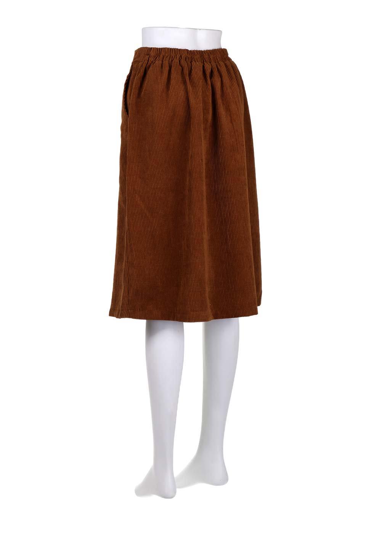 WideWaleCorduroyFloralEmbro.Skirt花刺繍入りコーデュロイスカート大人カジュアルに最適な海外ファッションのothers(その他インポートアイテム)のボトムやスカート。温かみのある太うねコーデュロイの刺繍スカート。秋冬大人気の素材、太うねコーデュロイを使用したエレガント&カジュアルなアイテムです。/main-18