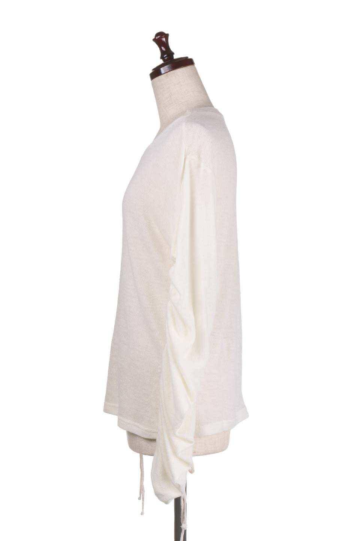 GatheredSleeveKnitTopギャザースリーブニット大人カジュアルに最適な海外ファッションのothers(その他インポートアイテム)のトップスやニット・セーター。キュッと絞れるギャザースリーブが魅力のニット。ヒモを完全に緩めればパフスリーブで楽しめます。/main-12