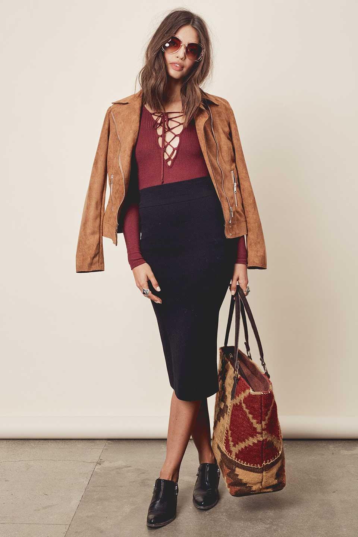 LOVESTITCHのAdelaPencilSkirtニット・ペンシルスカート/海外ファッションが好きな大人カジュアルのためのLOVESTITCH(ラブステッチ)のボトムやスカート。タイトシルエットのペンシルスカート。しっかりとした生地なので適度な引き締め効果もあり、下半身をスッキリと魅せてくれます。/main-6