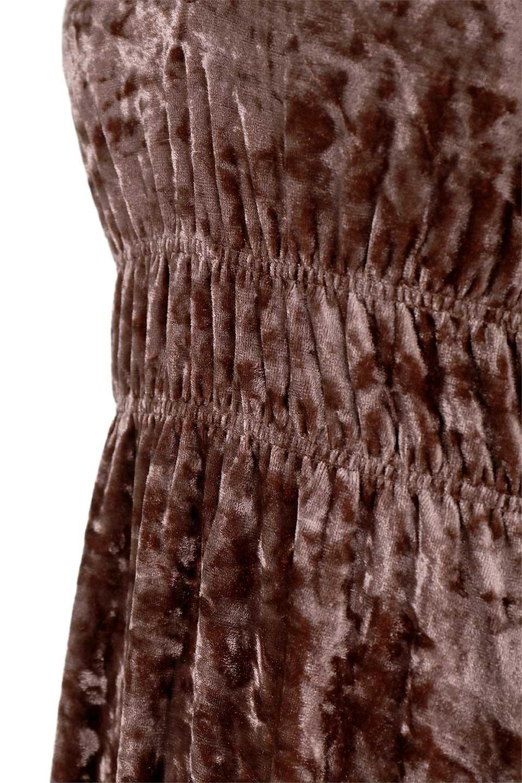 LOVESTITCHのPetraVelvetDressクラッシュベロア・マキシワンピース/海外ファッションが好きな大人カジュアルのためのLOVESTITCH(ラブステッチ)のワンピースやマキシワンピース。ゴージャス感のあるクラッシュベロアのマキシワンピース。秋冬にピッタリなクラッシュベロアの風合いがたまらないアイテムです。/main-15