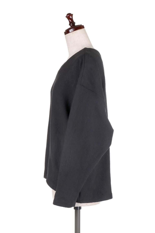 DolmanSleeveCocoonTopドルマンスリーブ・トップス大人カジュアルに最適な海外ファッションのothers(その他インポートアイテム)のトップスやニット・セーター。シンプルデザインのドルマンスリーブトップス。二重織りのリブニット生地が特徴で、細かい縞々が目を引きます。/main-12
