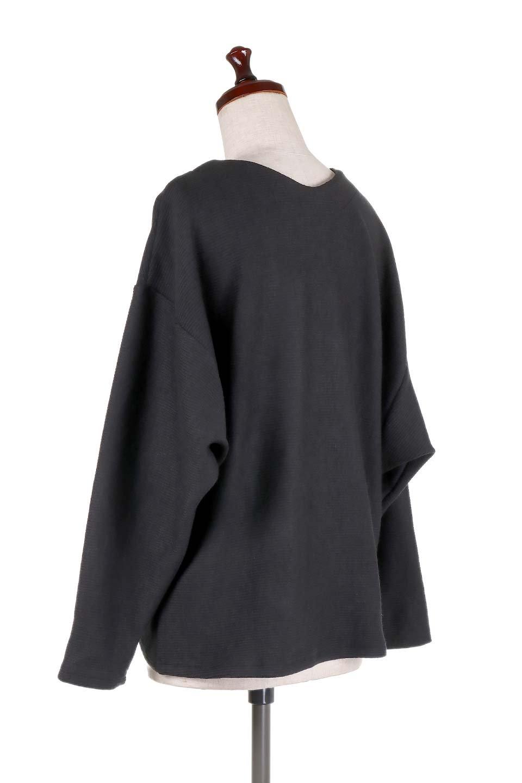 DolmanSleeveCocoonTopドルマンスリーブ・トップス大人カジュアルに最適な海外ファッションのothers(その他インポートアイテム)のトップスやニット・セーター。シンプルデザインのドルマンスリーブトップス。二重織りのリブニット生地が特徴で、細かい縞々が目を引きます。/main-13