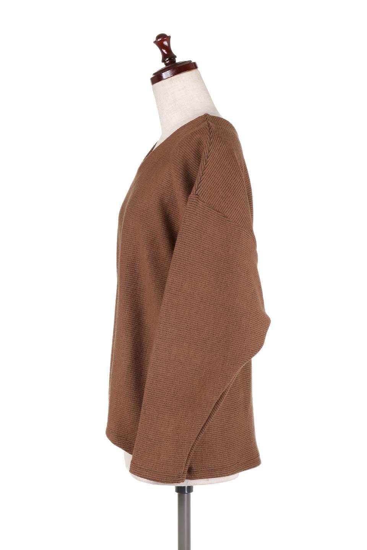DolmanSleeveCocoonTopドルマンスリーブ・トップス大人カジュアルに最適な海外ファッションのothers(その他インポートアイテム)のトップスやニット・セーター。シンプルデザインのドルマンスリーブトップス。二重織りのリブニット生地が特徴で、細かい縞々が目を引きます。/main-22