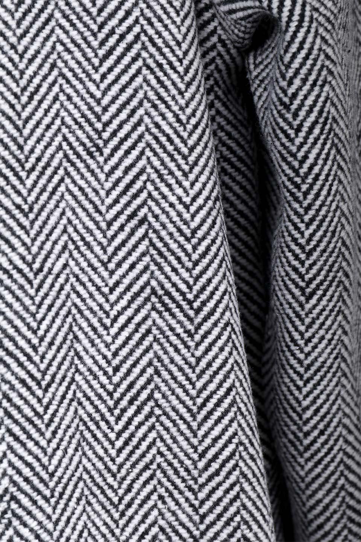 TweedHerringboneChesterCoatツイードヘリンボーン・チェスターコート大人カジュアルに最適な海外ファッションのothers(その他インポートアイテム)のアウターやコート。大人気のオーバーサイズ気味のチェスターコート。ヘリンボーンに織り込まれたツイードが上品な印象のコートです。/main-13