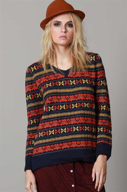 L.A.直輸入のGeometryV-kneckSweaterジオメトリーVネックセーター大人カジュアルに最適な海外ファッションのothers(その他インポートアイテム)のトップスやニット・セーター。ネイティブ調の幾何学模様のジャカードセーター。ユッタリ目の大きさなのでインナーを着ても余裕があるサイズ感です。/main-5