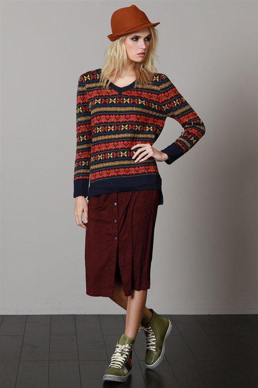 L.A.直輸入のGeometryV-kneckSweaterジオメトリーVネックセーター大人カジュアルに最適な海外ファッションのothers(その他インポートアイテム)のトップスやニット・セーター。ネイティブ調の幾何学模様のジャカードセーター。ユッタリ目の大きさなのでインナーを着ても余裕があるサイズ感です。/main-8