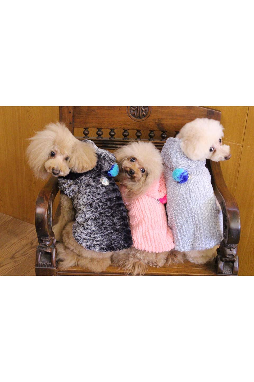 ChenilleKnitDogHoodieモコモコ・ドッグパーカ大人カジュアルに最適な海外ファッションのothers(その他インポートアイテム)のドッググッズや。肌触りの良いモールニットのフワフワモコモコのニットパーカ。胸のベルクロで全開になり着用が楽になります。/main-29
