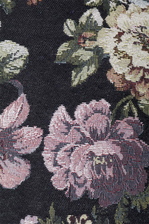 FloralJacquardAndFauxFurJacketジャカード&ファーコート大人カジュアルに最適な海外ファッションのothers(その他インポートアイテム)のアウターやコート。花柄ジャカード織とファーのコンビネーションがとても可愛いショートコート。今年は普通のファーではなく変わり種のアイテムに注目。/main-11