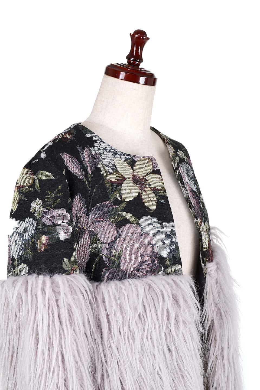 FloralJacquardAndFauxFurJacketジャカード&ファーコート大人カジュアルに最適な海外ファッションのothers(その他インポートアイテム)のアウターやコート。花柄ジャカード織とファーのコンビネーションがとても可愛いショートコート。今年は普通のファーではなく変わり種のアイテムに注目。/main-5