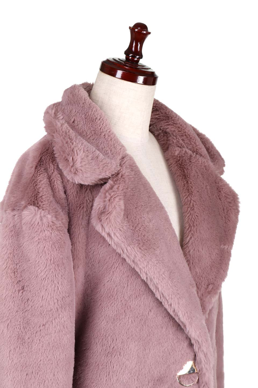 PinkVelvetFurLongCoatピンクファーコート大人カジュアルに最適な海外ファッションのothers(その他インポートアイテム)のアウターやコート。ベルベットのようなピンクのフェイクファーが目を引くコート。ここ数年海外ではデザイン性に富んだファーアイテムが人気です。/main-6