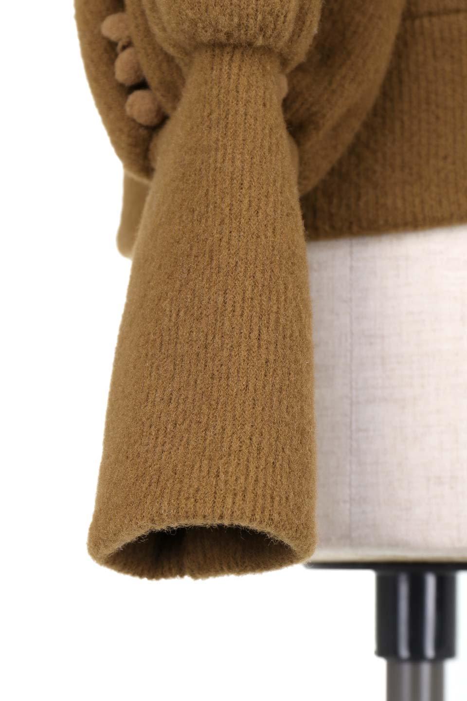 MiniPomPomBishopSleeveTopポンポン付きビショップスリーブトップス大人カジュアルに最適な海外ファッションのothers(その他インポートアイテム)のトップスやカットソー。袖のポンポンのラインが可愛いふんわり軽いトップス。ニットの様なフリースの様なソフトな肌触りの素材を使用しています。/main-22
