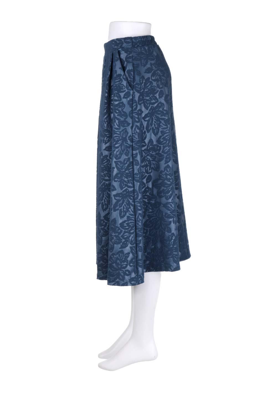 FloralEmbossingFlaredSpringSkirt花柄エンボス・フレアスカート大人カジュアルに最適な海外ファッションのothers(その他インポートアイテム)のボトムやスカート。花柄エンボス加工が印象的なミディスカート。大人気のスカートが春の新色を追加して新登場。/main-12