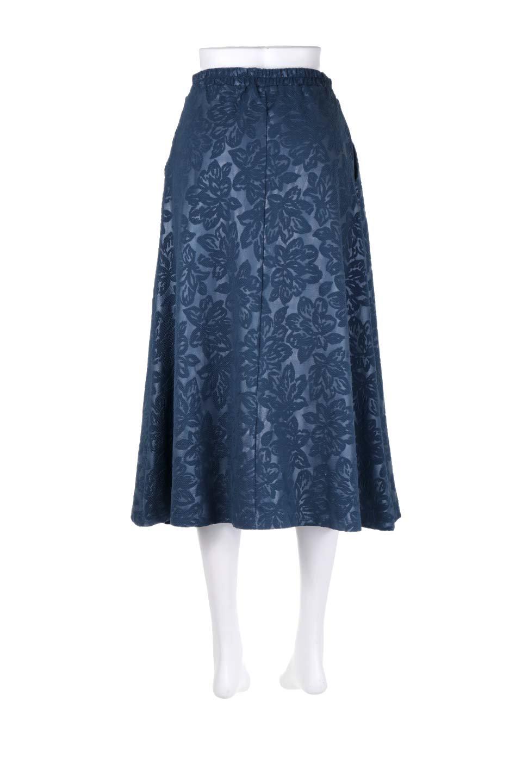 FloralEmbossingFlaredSpringSkirt花柄エンボス・フレアスカート大人カジュアルに最適な海外ファッションのothers(その他インポートアイテム)のボトムやスカート。花柄エンボス加工が印象的なミディスカート。大人気のスカートが春の新色を追加して新登場。/main-14