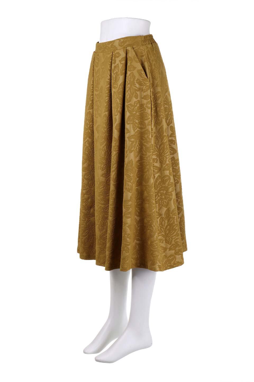 FloralEmbossingFlaredSpringSkirt花柄エンボス・フレアスカート大人カジュアルに最適な海外ファッションのothers(その他インポートアイテム)のボトムやスカート。花柄エンボス加工が印象的なミディスカート。大人気のスカートが春の新色を追加して新登場。/main-16