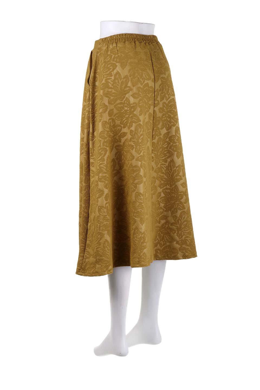 FloralEmbossingFlaredSpringSkirt花柄エンボス・フレアスカート大人カジュアルに最適な海外ファッションのothers(その他インポートアイテム)のボトムやスカート。花柄エンボス加工が印象的なミディスカート。大人気のスカートが春の新色を追加して新登場。/main-18